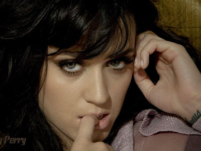 Katy Perry Glam Wallpapers queen of pop