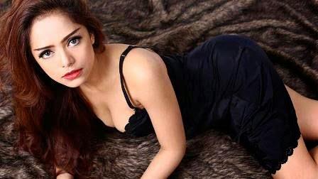 Fahria Yasmin (DJ Yasmin)