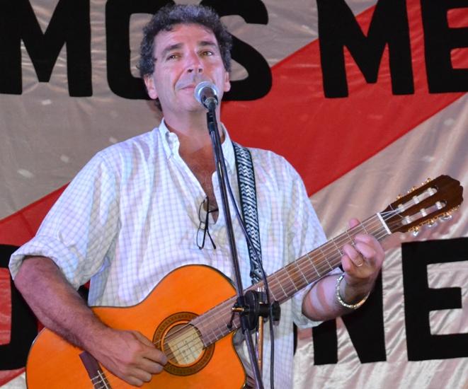 Ignacio Copani fana de la banda