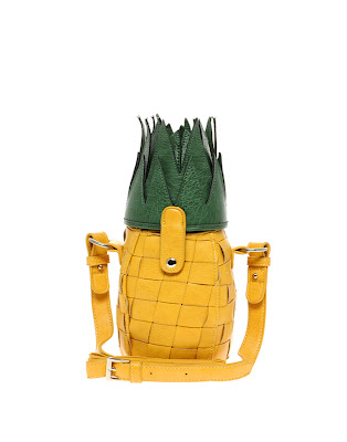 pineapple bag tropical style