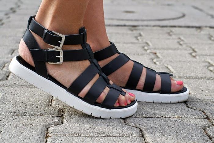 sandali suola carrarmato