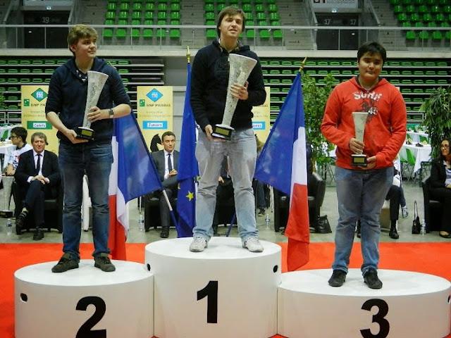 Le podium des Juniors (moins de 20 ans), reine des catégorie du Championnats de France d'échecs Jeunes 2014