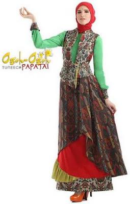 Busana muslim variasi batik terbaru image