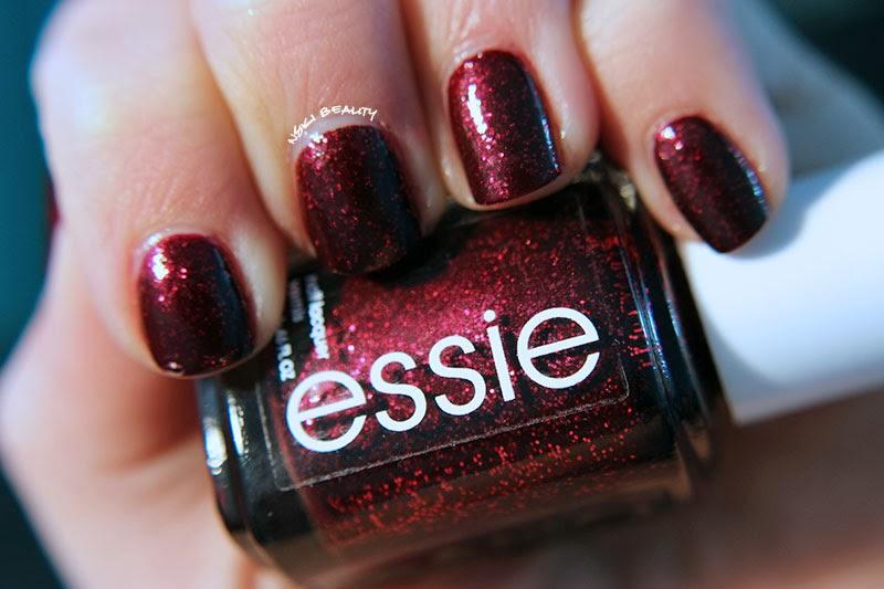Mani Monday :: Essie - Toggle to the Top | Nski Beauty