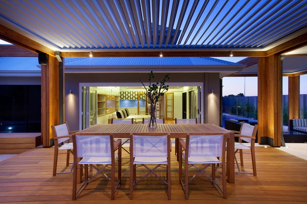 Charming open floor terrace design with a touch of natural for Open terrace restaurants