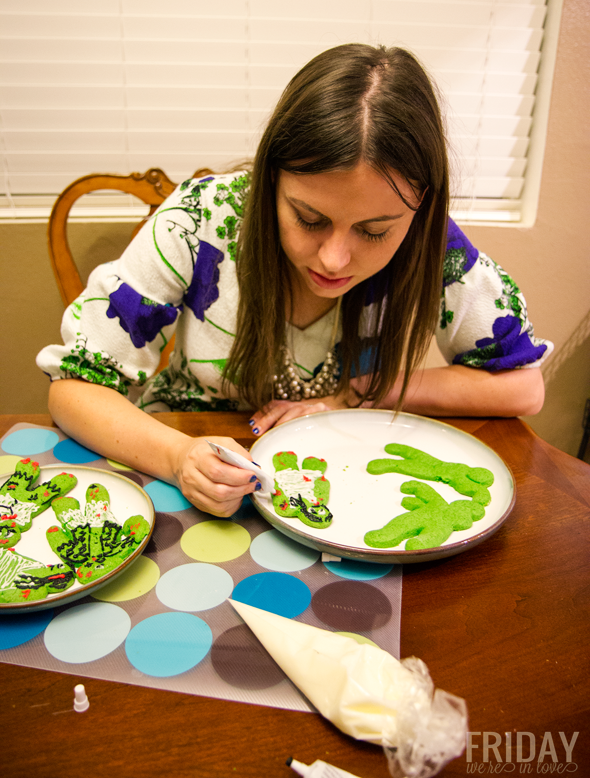 Decorate Halloween cookie date night