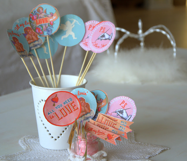 cake topper, flags http://shabbychiclife-silvia.blogspot.it