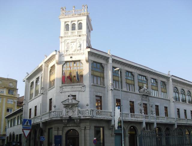 Edificio Centro Cultural Modesto Tapia en Santander