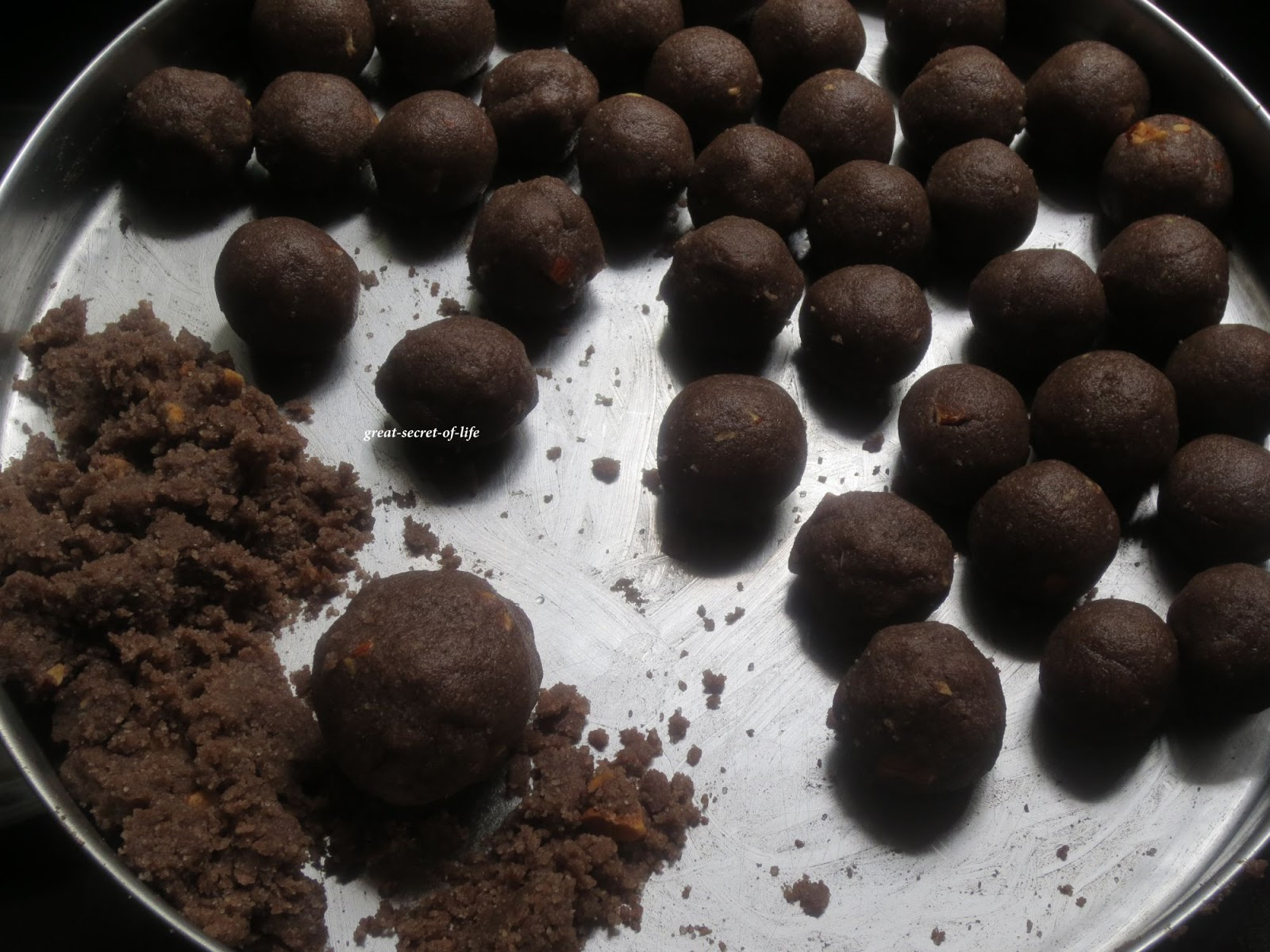 ragi sweet balls