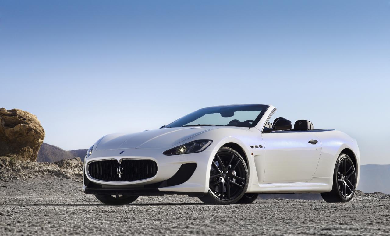[Resim: Maserati+GranCabrio+MC+1.jpg]