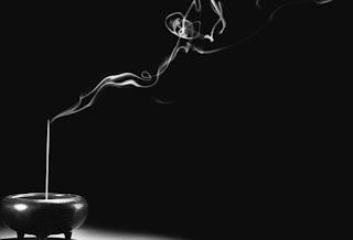 Fumaça Mágica (Edição nº9) Foto+incenso+-+alta+definic%25CC%25A7a%25CC%2583o