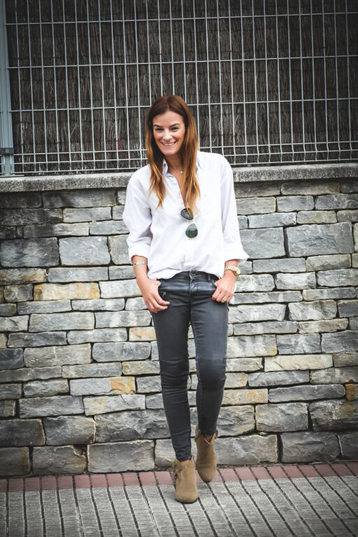camisa Blanca oversize , pitillo , botines , Ash ,Zara , Bulgari , Michael Kors , Es cuestion de estilo, , Streetstyle,