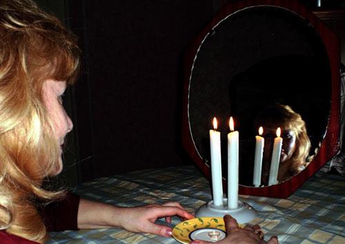 Как в домашних условиях погадать на суженого