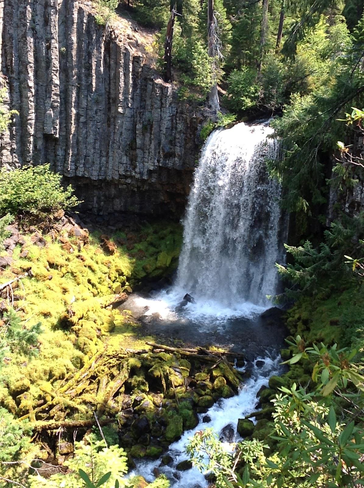 RV Road Trip USA: North Umpqua River Waterfalls