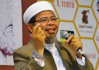 Demokrasi ghozwul fikri yang paling hebat untuk menghancurkan Islam