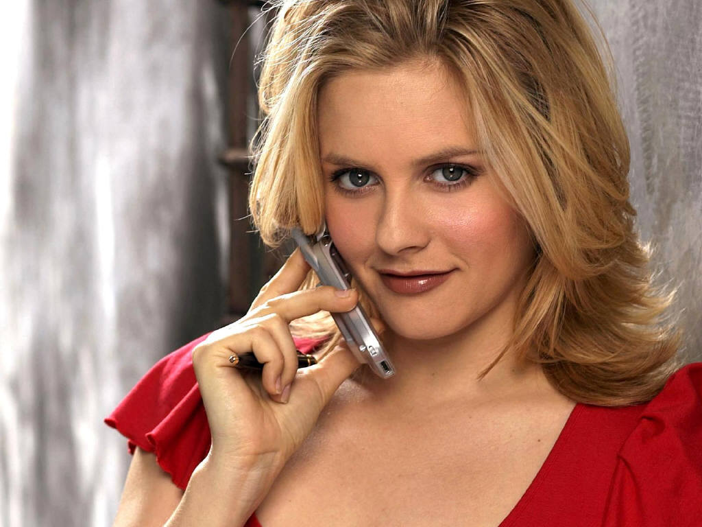 Alicia Silverstone wallpapers news