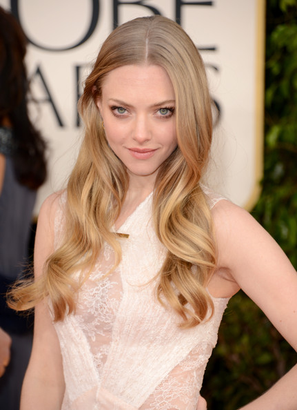 Amanda Seyfried Long Curls Hairstyles 2013