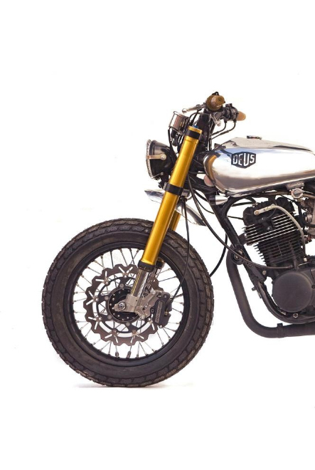 "Orlando Bloom motorcycles - Custom Motorcycles - 1978 YAMAHA SR500 STREET TRACKER ""MONO"" by Deus Ex Machina"