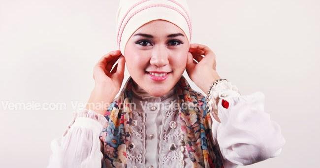 Cassanova: Tutorial Jilbab Syar'i dan Modis