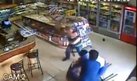 ladron atacado en panaderia