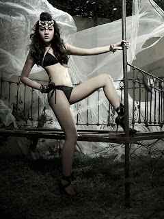 Nadine Ann Thomas Miss Universe Malaysia 2010 Hot Photo Gallery 1