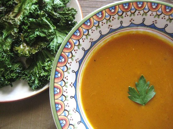 Curried Pumpkin Soup and 20 Healthy Pumpkin Recipes - MyNaturalFamily.com #pumpkin #recipes