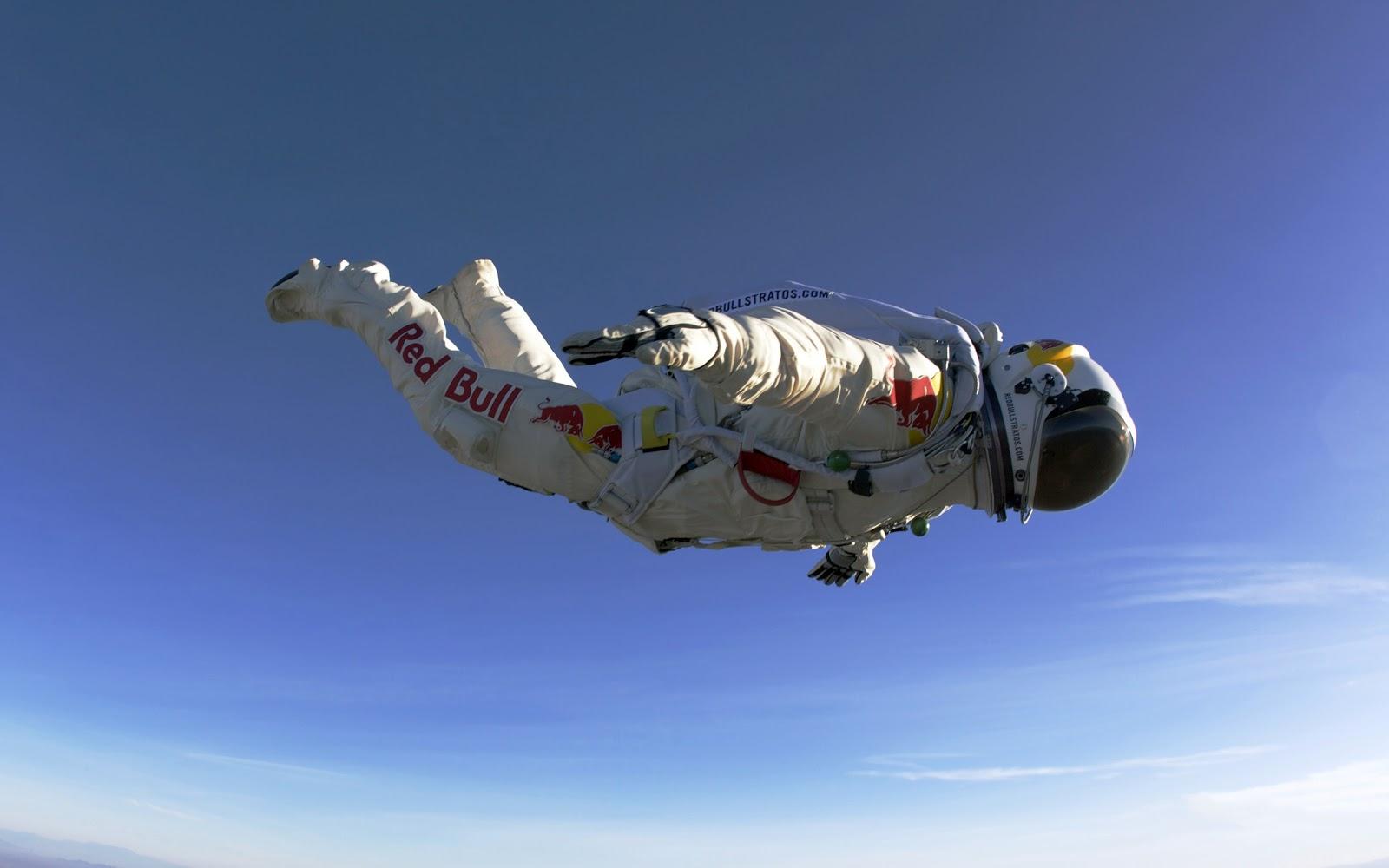 http://4.bp.blogspot.com/-xz0yQZmouKY/UH1Jb4eQmYI/AAAAAAAAFbI/rssprOiq3d0/s1600/Felix-Baumgartner-Redbull-Skydiving-HD-Desktop-Wallpaper_HidefWall.Blogspot.Com.jpg