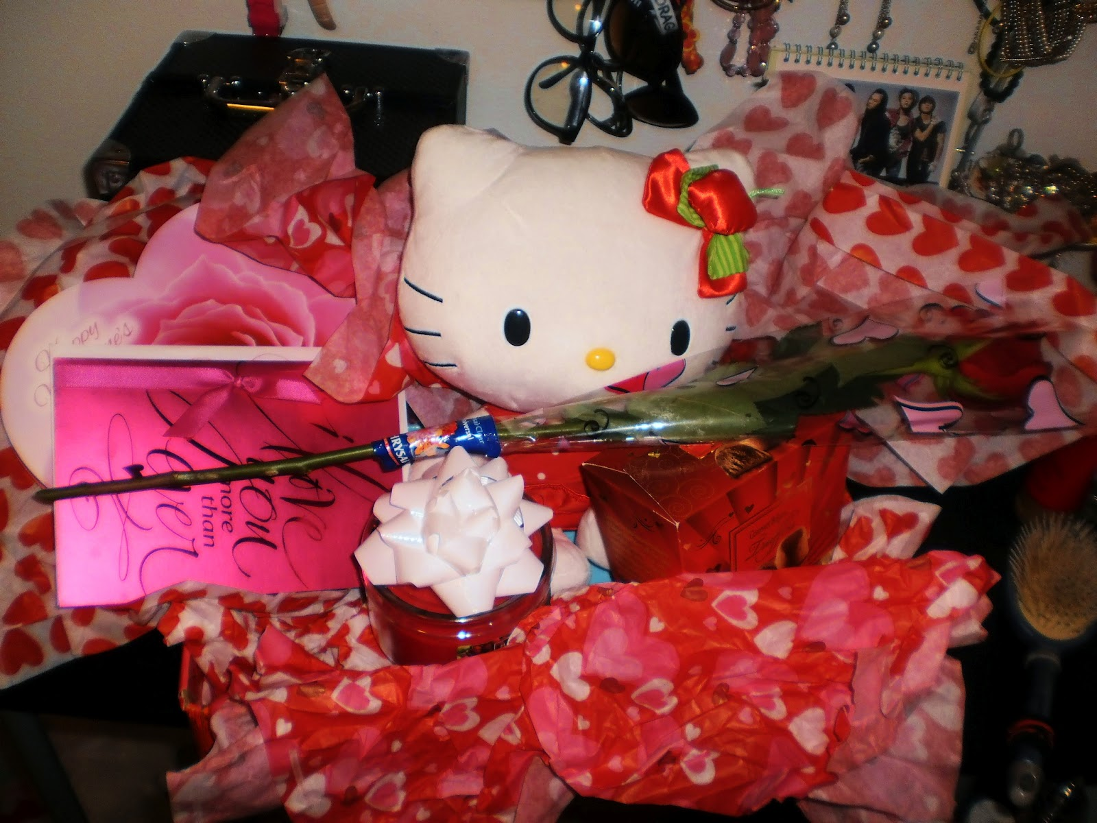 Hello kitty valentines day gifts for Valentines day best gifts