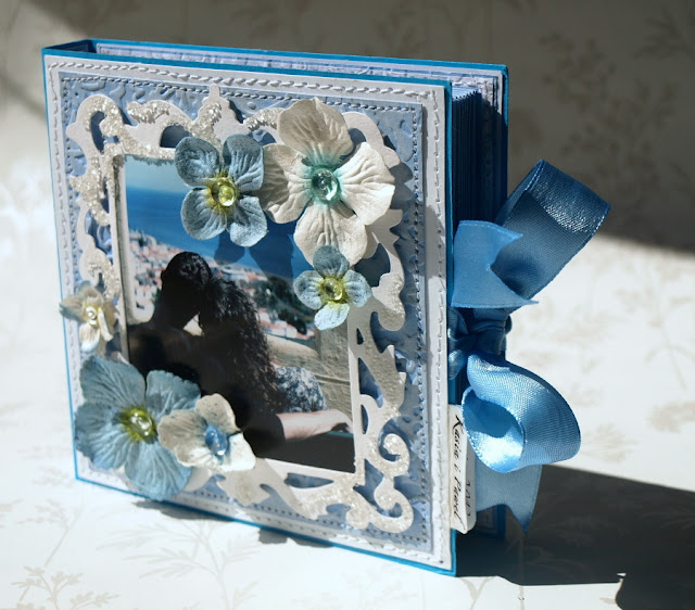 memories_ handmade wedding card with Sizzix Framelits Die Set - Frame, Ornate #657560 _ kartka książka z portretem_mikrogranulki_prima flowers