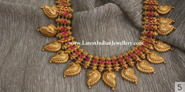 Traditional Antique Gold Necklace