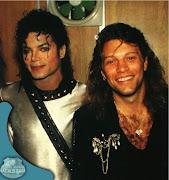 Ele conta que Bon Jovi 'sequestrou' Bubbles e o levou ao bar.