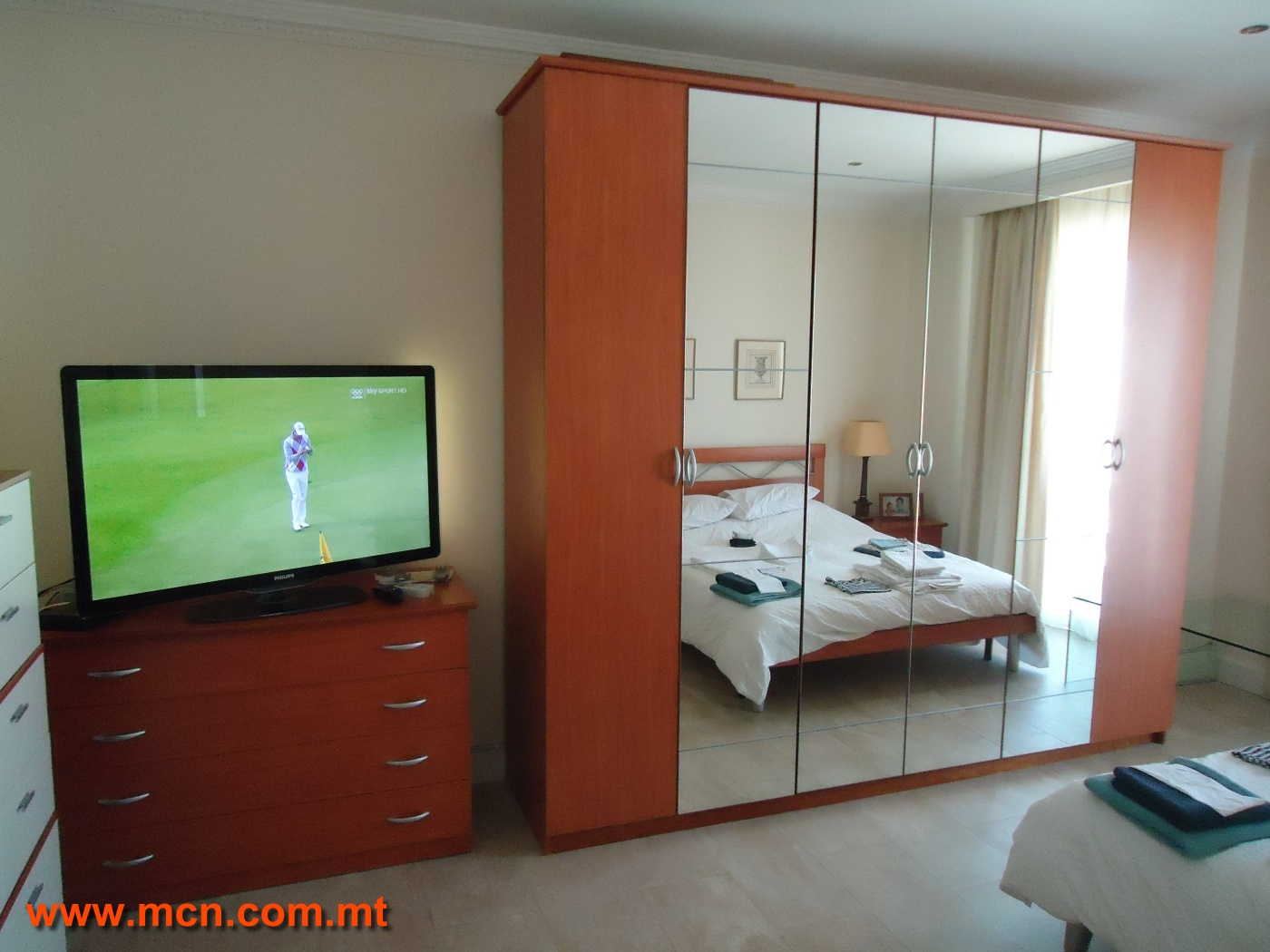 For sale bedroom furniture set malta classifieds buy for Bedroom furniture sets malta