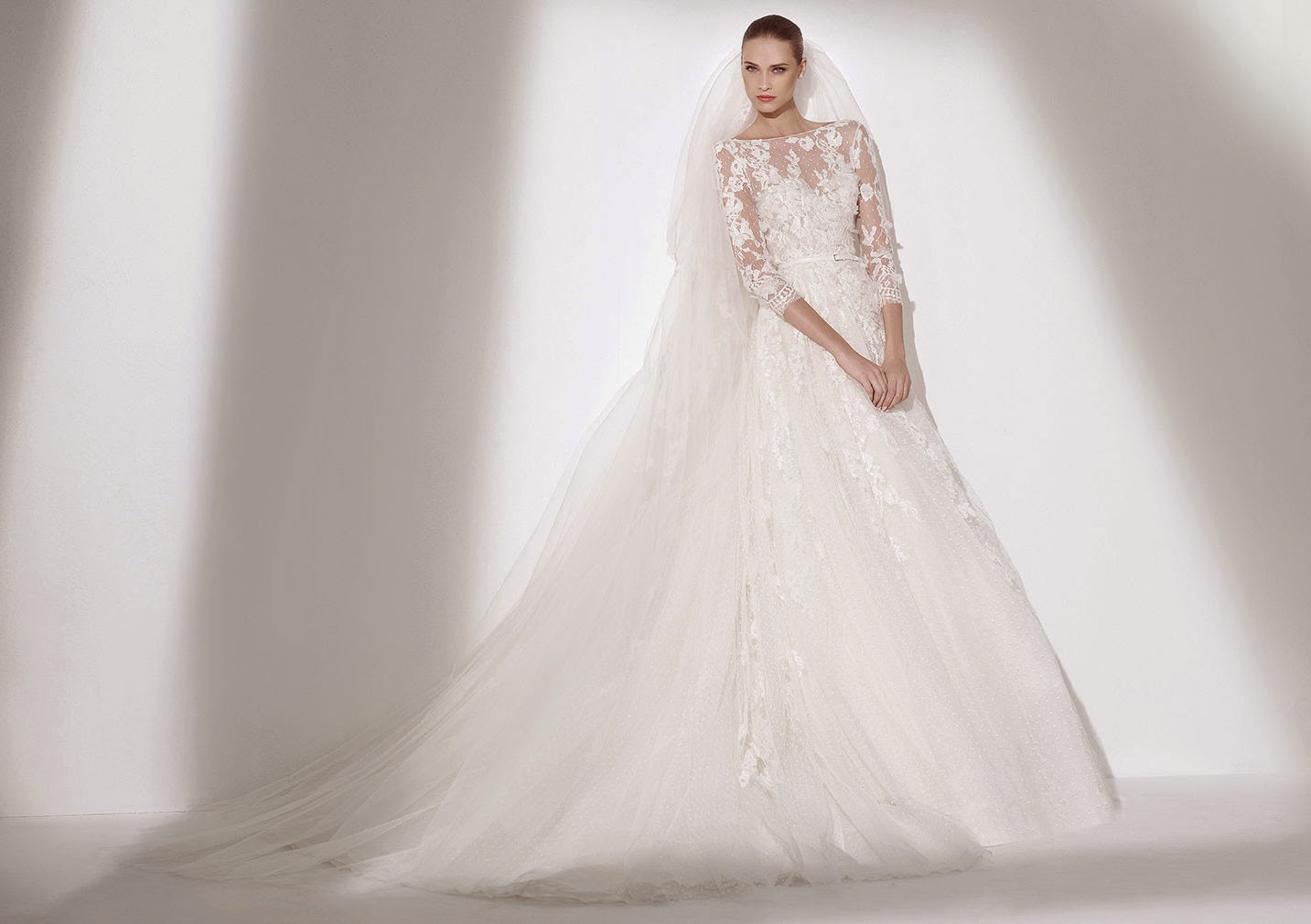 2015 Wedding Dresses with Long Sleeves by Pronovias