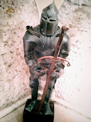 armour, castle