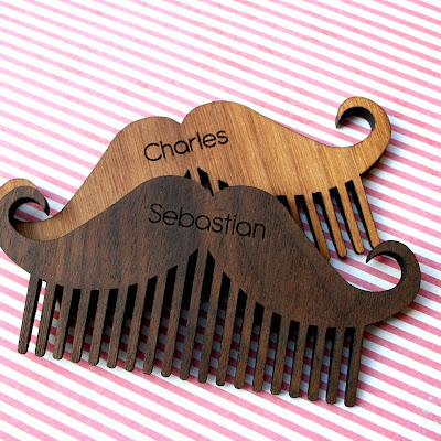 https://www.hardtofind.com.au/95423_personalised-wooden-beard-and-moustache-comb