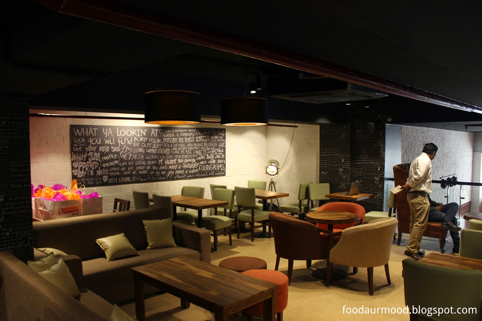 Dunkin Donuts India, CP Store, Interiors