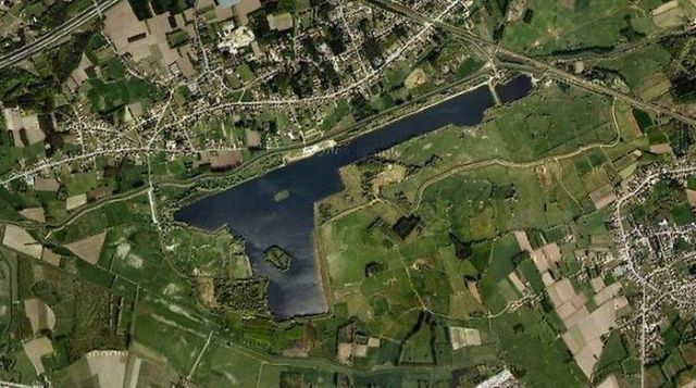 World Most Strangely Shaped Lakes