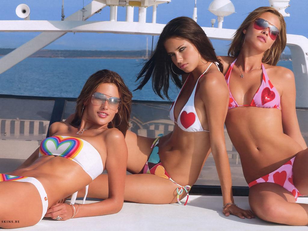 http://4.bp.blogspot.com/-xzyd1jyeFZE/TbGwuROQk3I/AAAAAAAAAkg/KYs50S2s8Ac/s1600/sexy-brazilian-models-wallpaper-alessandra-ambrosio-adriana-lima-e-ana-beatriz-barros_2.jpg