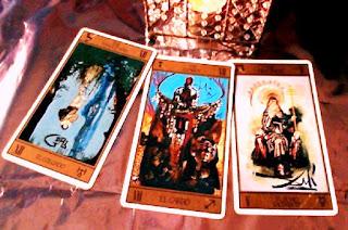 Tirada de 3 cartas de Tarot para el signo de Aries