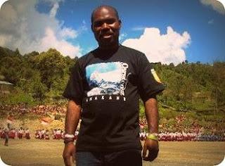 Maximus Tipagau, Putra Papua Pencetus 'Dokter Terbang' di Intan Jaya