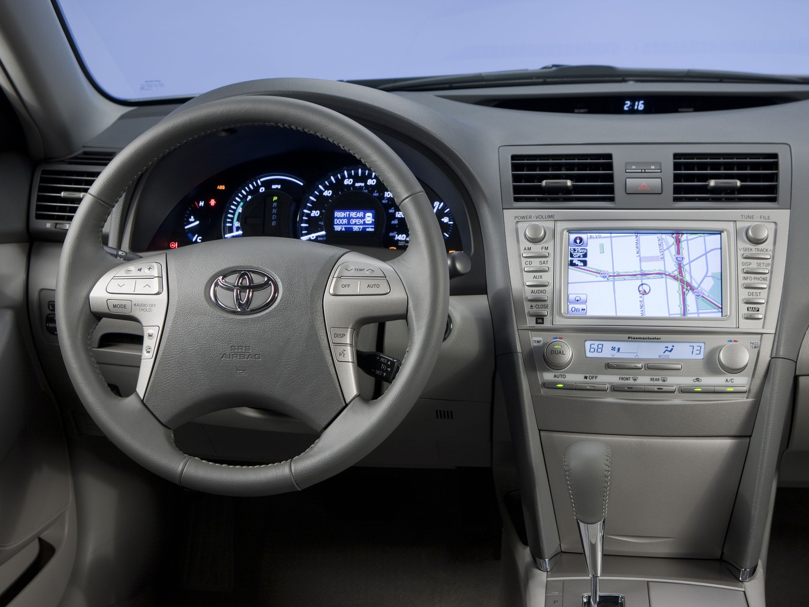 2010 Toyota Camry Hybrid Wallpapers Pictures ...