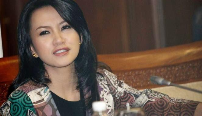 4 Anggota DPR Paling Cantik Periode 2014-2019