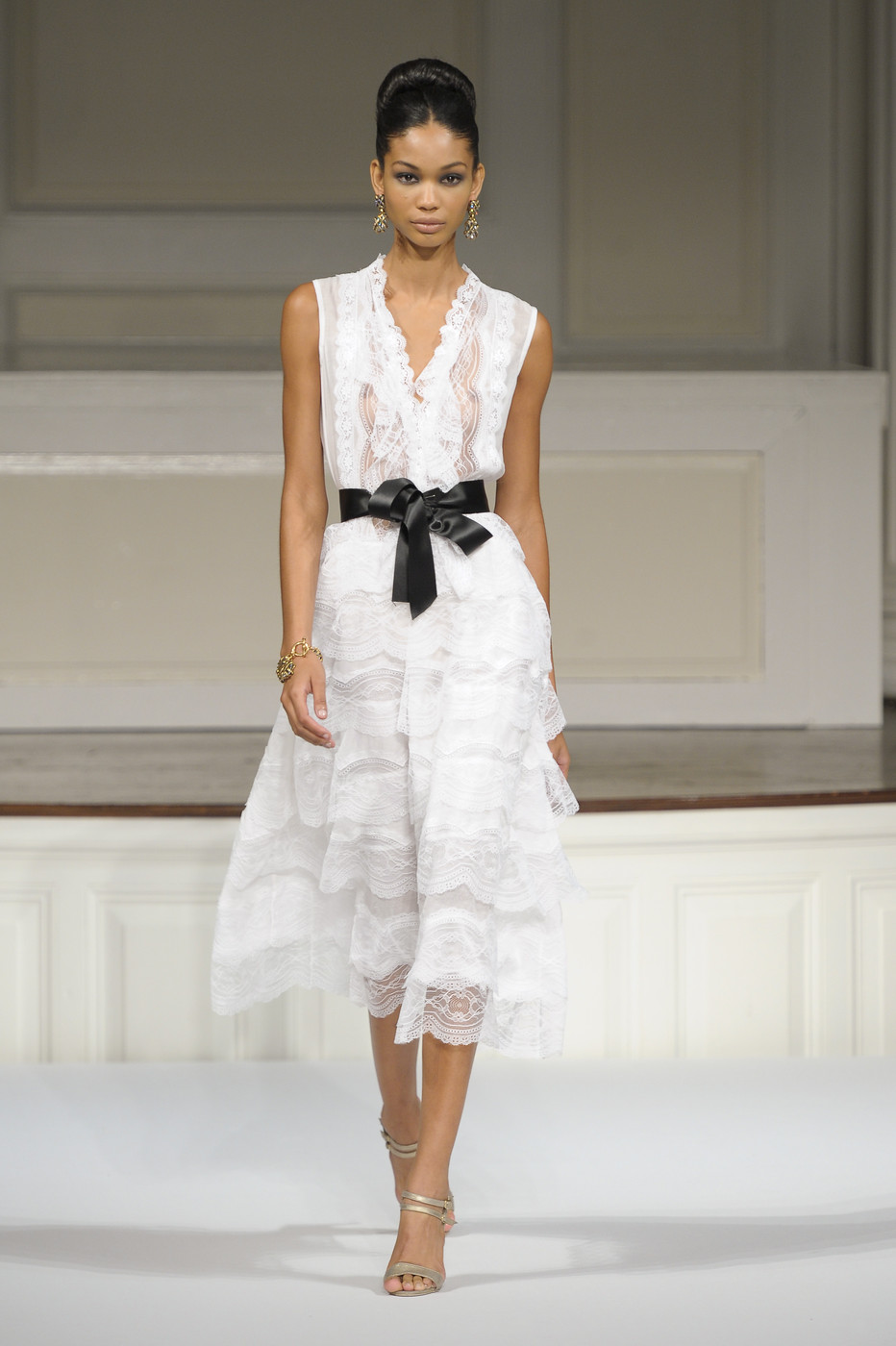 via fashioned by love | Oscar de la Renta Spring/Summer 2011 White