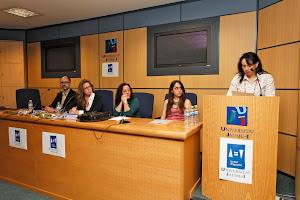 Ana B. Pascual lee su relato premiado
