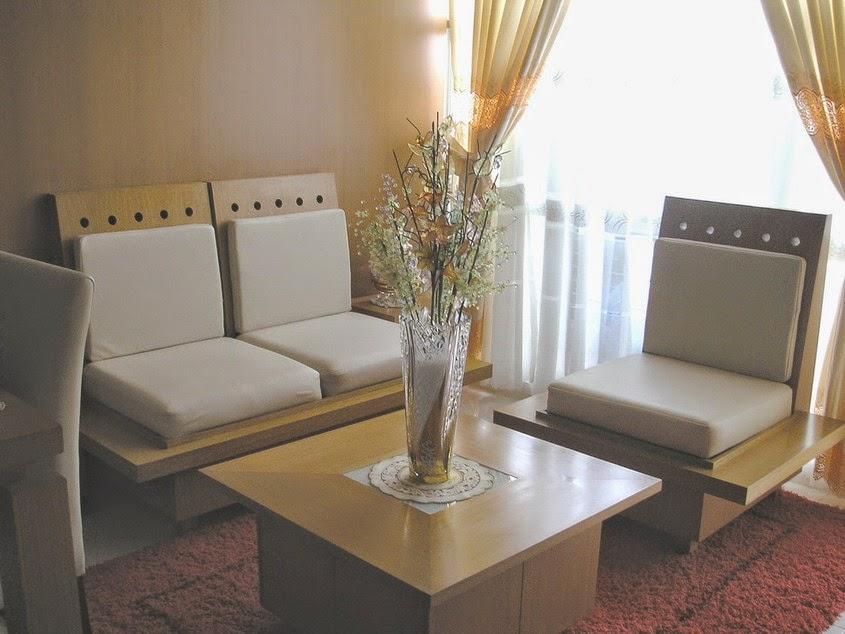 Dekorasi ruang tamu kecil 8