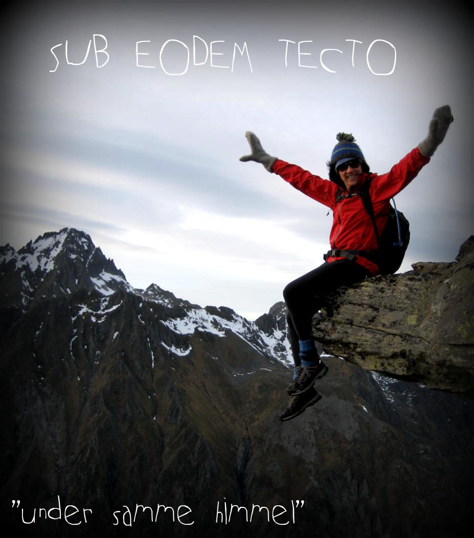 Sub Eodem Tecto