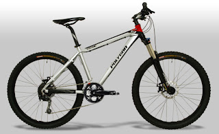 56b2125cbbe COZMIC CX1.0 is a type of mountain bike hardtail,This bike has discs in  front and behind the giving of security in our riding this bike.a silver  dressing ...