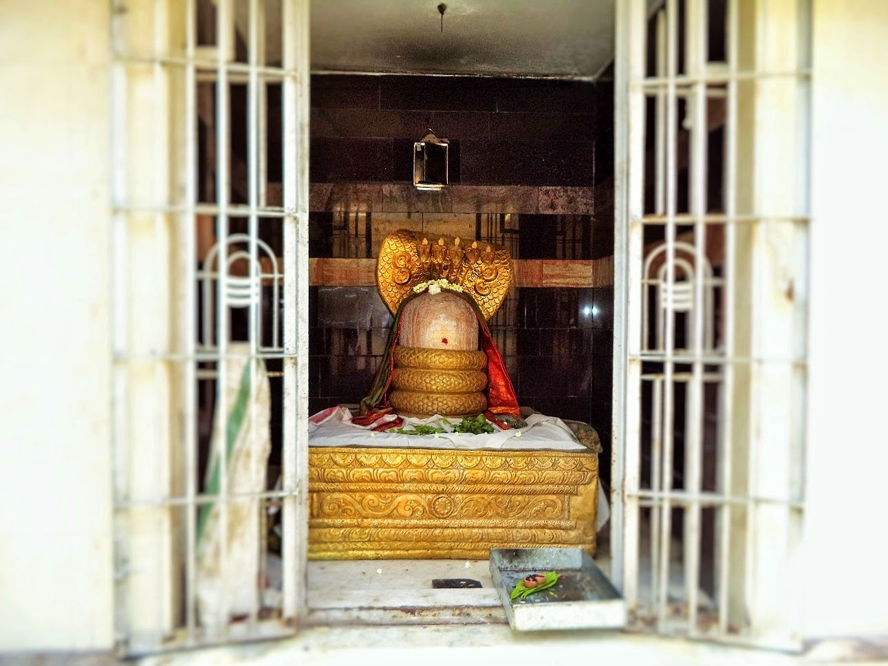 Shiv Lingam in Theneeswarar temple, Vellalore, South India, Tamil Nadu,  , Theneeswarar Temple Vellalore Coimbatore, Vellalore; Coimbatore; India; Hindu; God; Hindu God; Temple; Theneeswarar Temple; Shiv; Shiva; Lord Shiva; Siva perumaan; eeshwar;