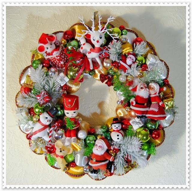 Vintage Ornament Wreath 79