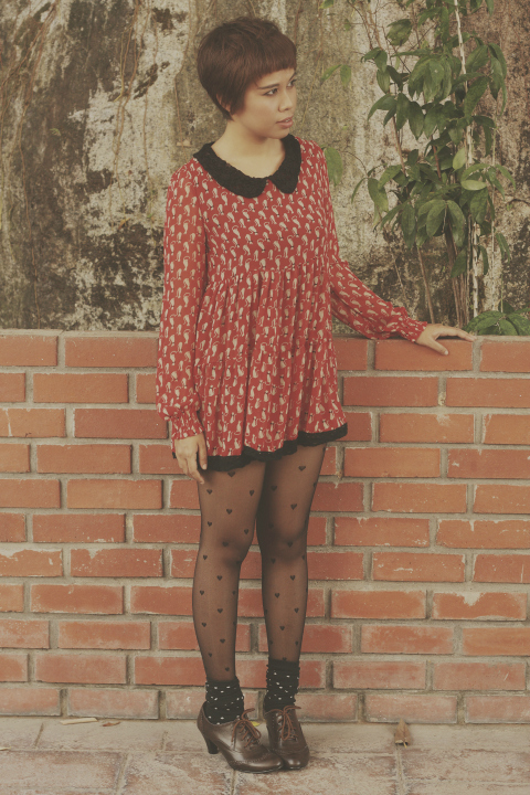 Kitty print dress, vintage outfit of the day, ootd, heart print stockings, oxford shoes, fashion, style, fashion blogger